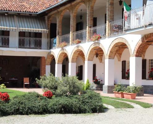 Cà Neuva Wine-Farm